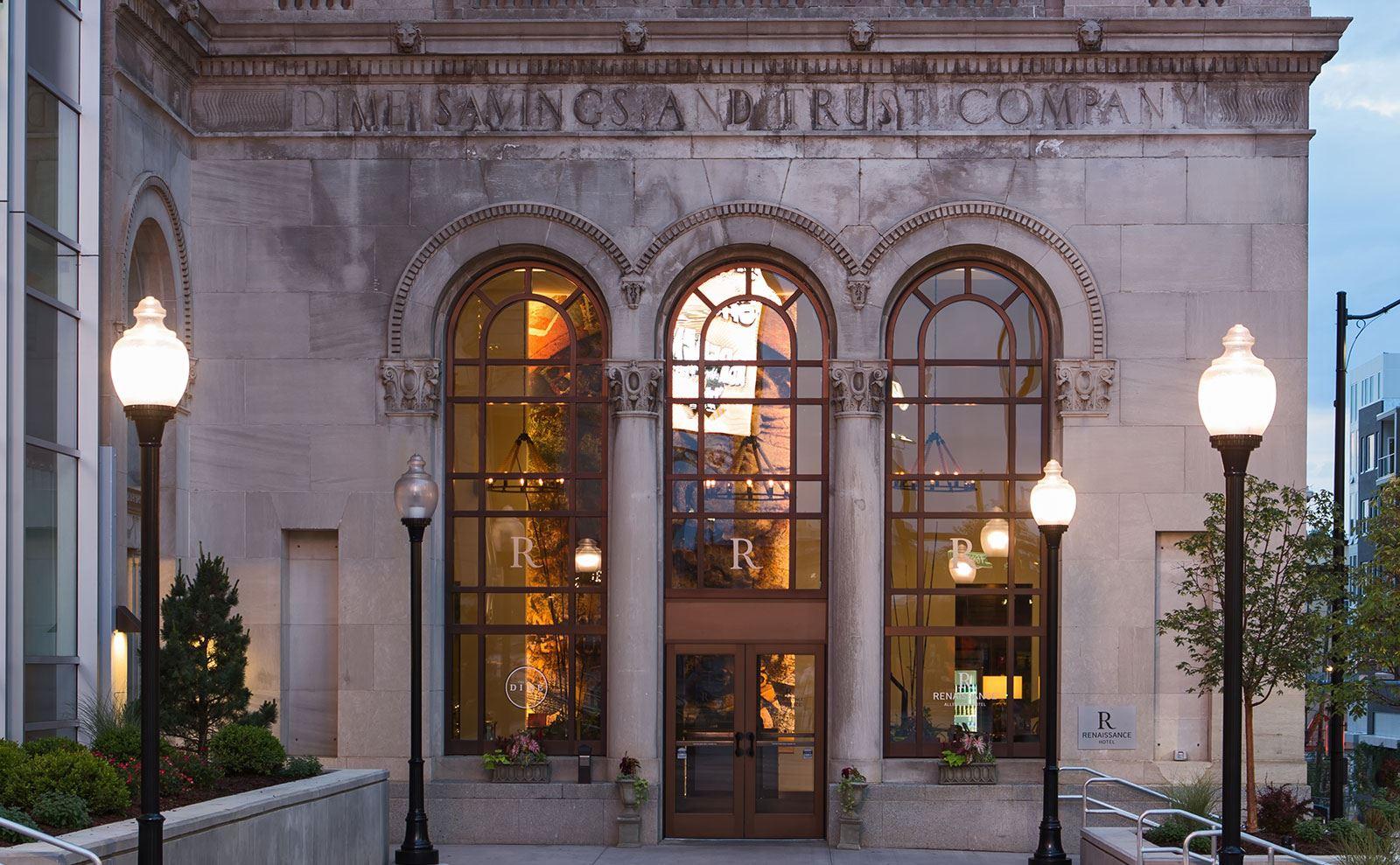 Renaissance-allentown-pennsylvania-hotel-exterior4